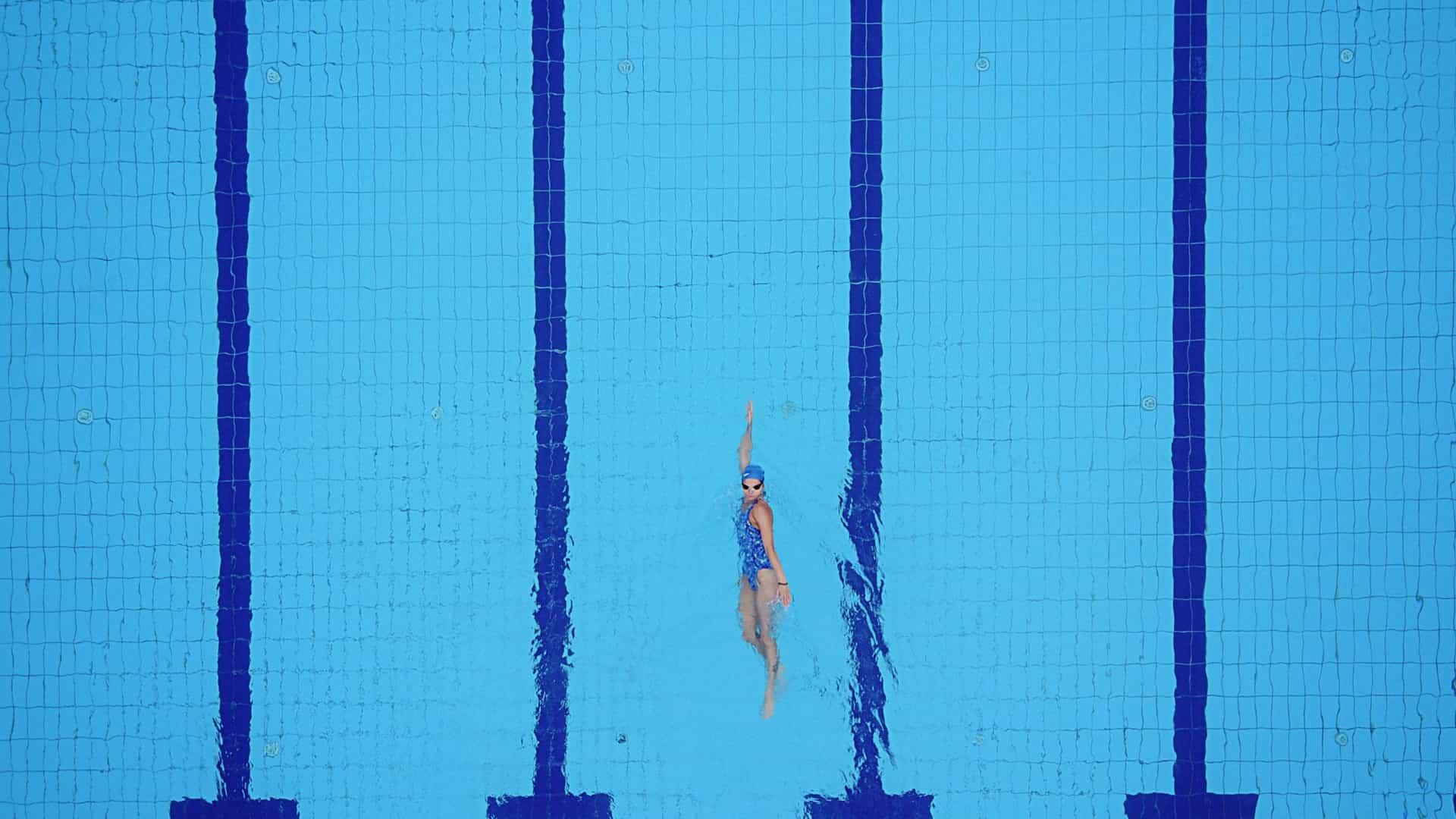 Feira prepara piscina e pista de atletismo com dimensões olímpicas