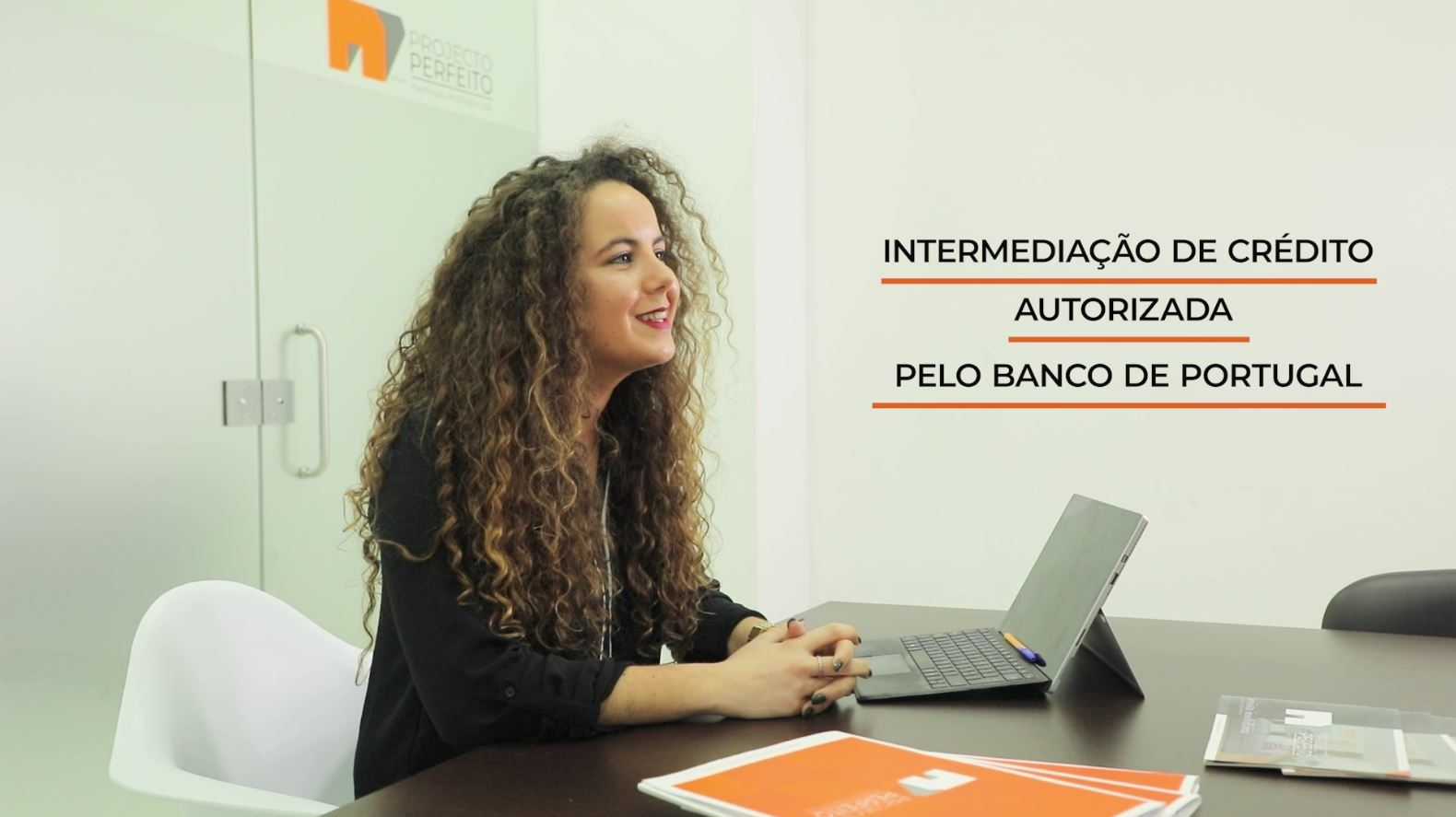 Empresa de Intermediação de Crédito Autorizada pelo Banco de Portugal